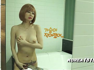 Hot SEXY HORNY Korean Babe